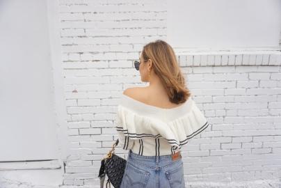 white_sweater_5